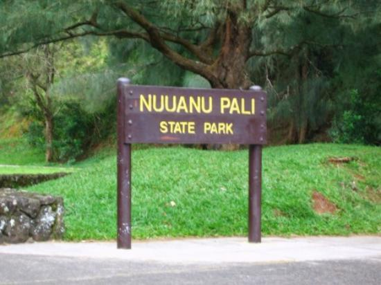 Pali lookout - Things to do - Nuuanu Pali Dr, Honolulu, H.I., United States