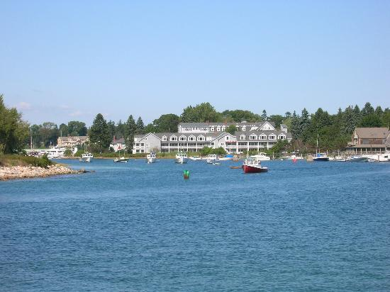 Kennebunkport, ME : View of Nonatum from water 