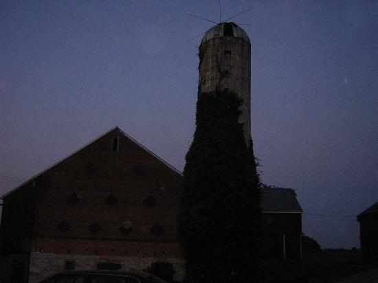Vogt Farm Bed & Breakfast: The silo at nightfall