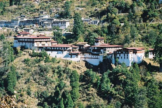 Trongsa bed and breakfasts