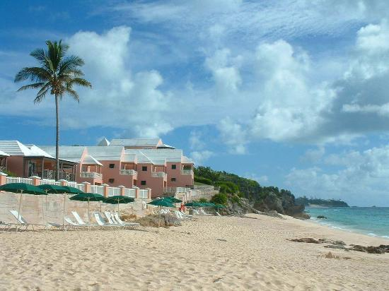 Pink Beach Club &amp; Cottages: The private beach