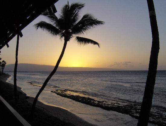 Maui Sands: Sunset from the property&#39;s Lanai
