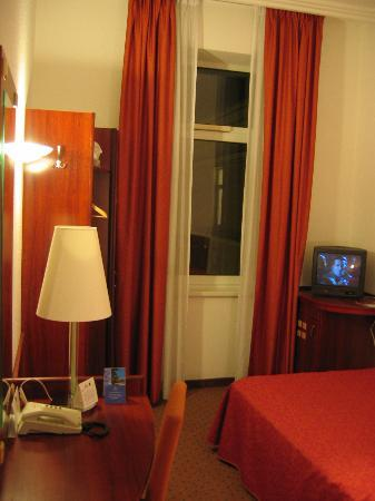 Mercure Budapest Metropol: Single room - Metropol.
