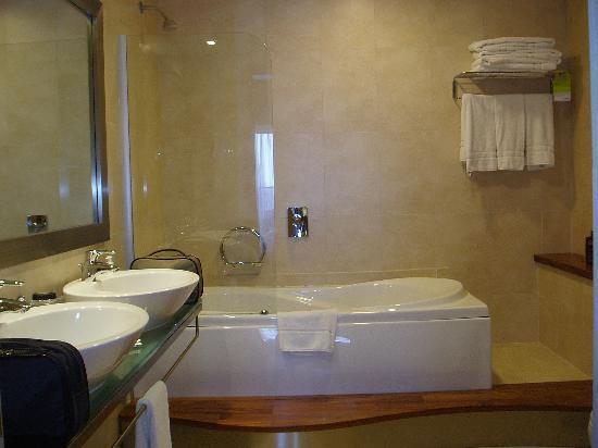 One of the bathrooms in a luxury bay suite - Picture of The Westin ...