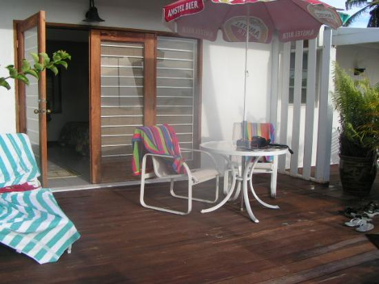 Aruba Beach Villas: Deck of the Villa