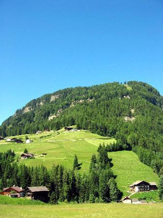 Ortisei, Italy: nearby countryside...