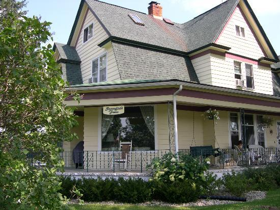 Sunnyfield Farm Bed and Breakfast