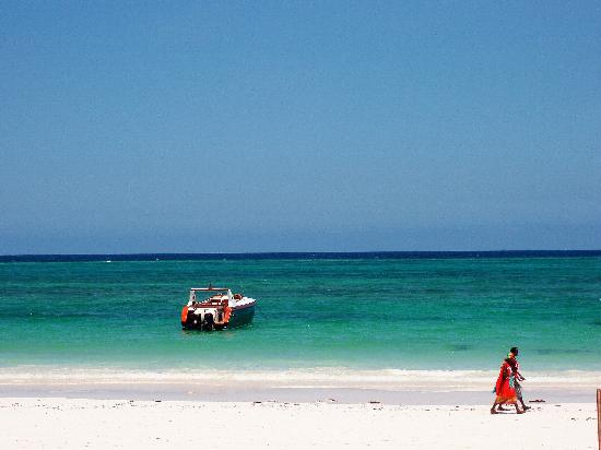 masai on Diani beach