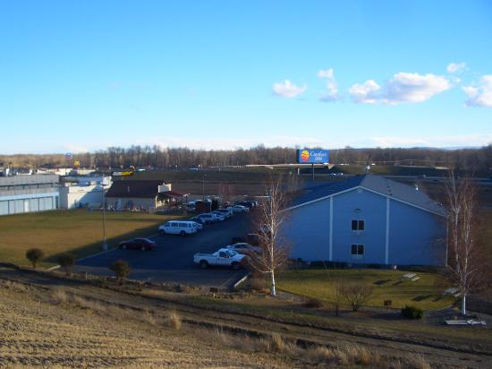 Comfort Inn: View from the plateau.