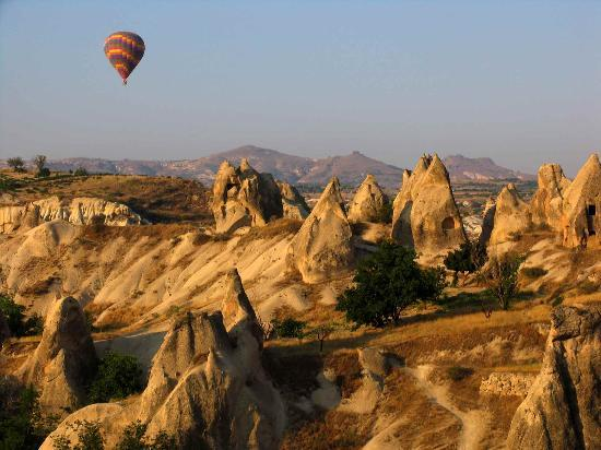 hot air balloon travel bucket list