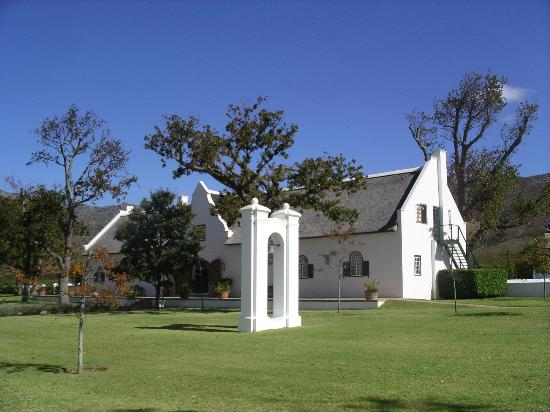 Steenberg Hotel: The main reception building