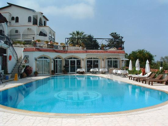 Photo of The Hideaway Club Hotel Edremit (Trimithi)