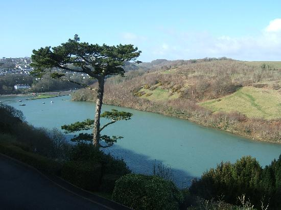 Looe, UK: View from our room - early morning