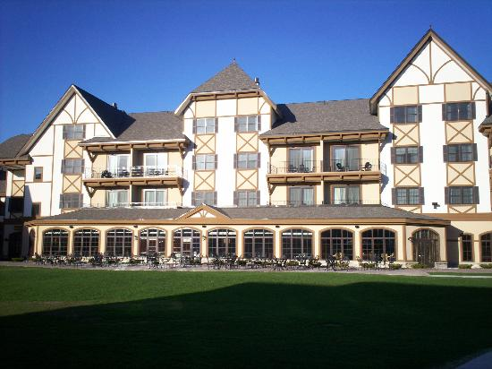 ‪Mountain Grand Lodge & Spa at Boyne Mountain‬