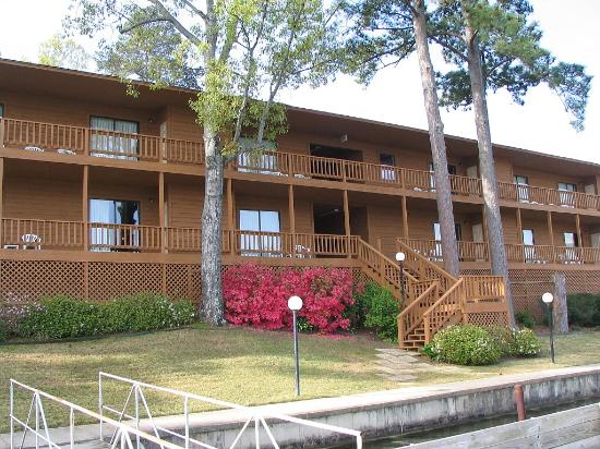 Photo of Country Inn Lake Resort Hot Springs