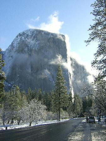 El Portal, CA: El Capitain on a good day