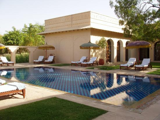 The Oberoi Vanyavilas: The Pool