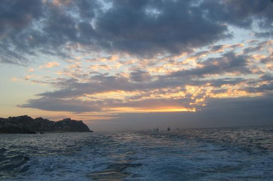 Cabo San Lucas, Messico: Headed out for deep sea fishing at sunrise