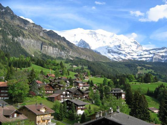 Wengen, Schweiz: View from balcony
