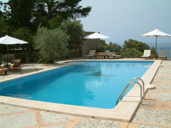 Hotel Sa Pedrissa: The Pool