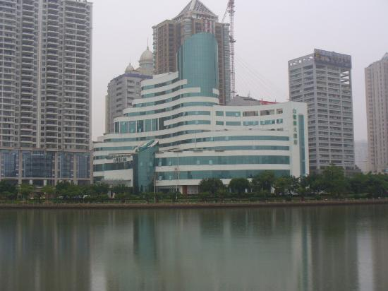 Bailuzhou Lake View Hotel