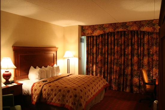 The Inn at Virginia Tech &amp; Skelton Conference Center  