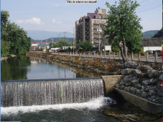 Photo of Riverside Towers Pigeon Forge