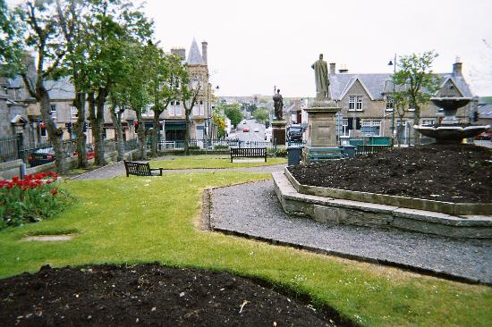 Thurso, UK: St John's Square, just outside the hotel.