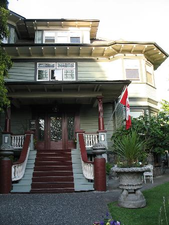 Photo of Aberdeen Mansion Vancouver