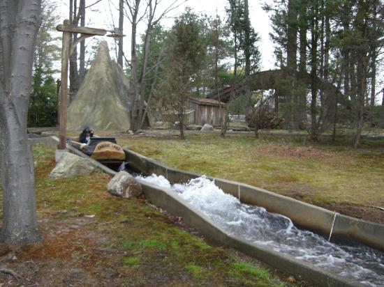 Salem, NH: The park has many water attraction from this Classic Flume Designed in house.