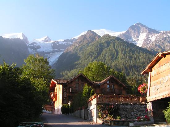 Photo of Hotel Le Cantou Chamonix