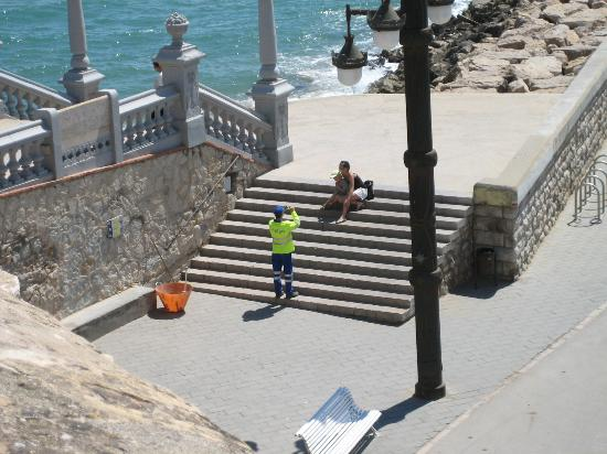 Arcadia: On the steps of the cathedral, Sitges