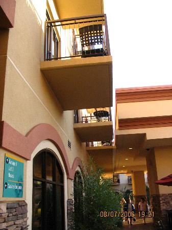 Santa Ynez, Californien: Rooms with balconies on the 2nd floor