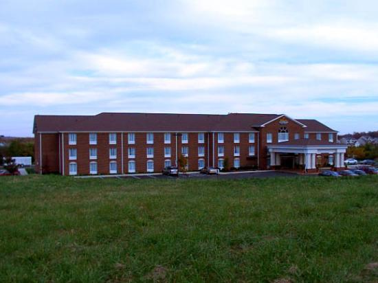Holiday Inn Express Hotel & Suites Warrenton Photo