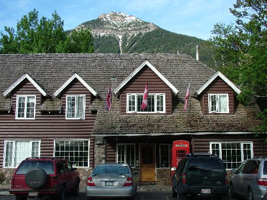 Photo of Kilmorey Lodge Waterton Lakes National Park