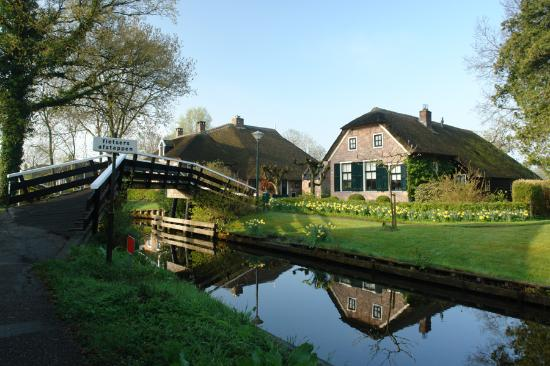 Photo of Hotel Restaurant de Jonge Giethoorn