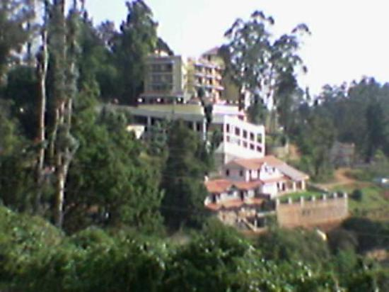 Gem Park-Ooty: Holiday inn Gem Park.