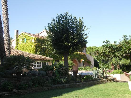 La Bastide des Salins Hotel Photo
