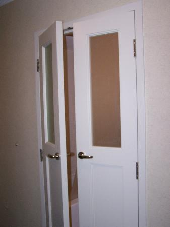 Bedroom with double beds picture of hyatt regency dallas dallas tripadvisor - Small french doors for bathroom ...