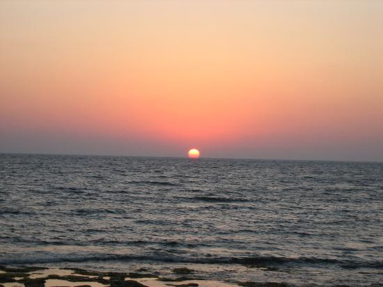 Constantinou Bros Asimina Suites Hotel: Early evening sunset - beautiful!