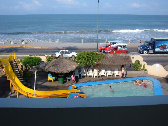 Sands Mazatlan Las Arenas: view of hotel front, pool &amp; ocean from my room