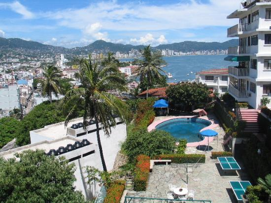 Photo of Etel Suites Acapulco