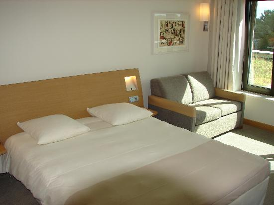 Novotel Berlin Am Tiergarten: Comfort bed