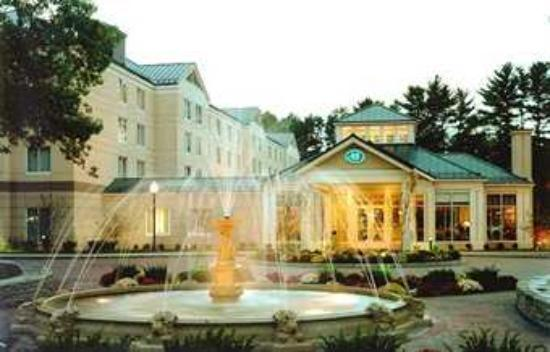 Hilton garden inn saratoga springs ny hotel reviews for Hotels saratoga springs new york
