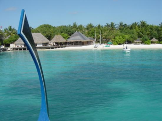 Four Seasons Resort Maldives at Kuda Huraa: Dhoni View