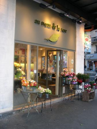 au nom de la rose - a shop around the corner selling roses, rose candies, jellies, parfumes...
