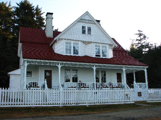 Heceta Head Lighthouse Bed and Breakfast: The Lightstation B&B
