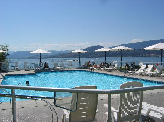 Photo of Kelowna Lakeshore Inn