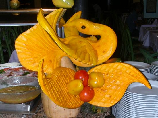 Swan food carving picture of clubhotel riu merengue
