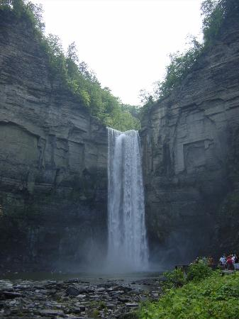 Hotels Near Taughannock Falls State Park